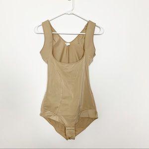 Maidenform Flexees Shapewear Bodysuit #2003